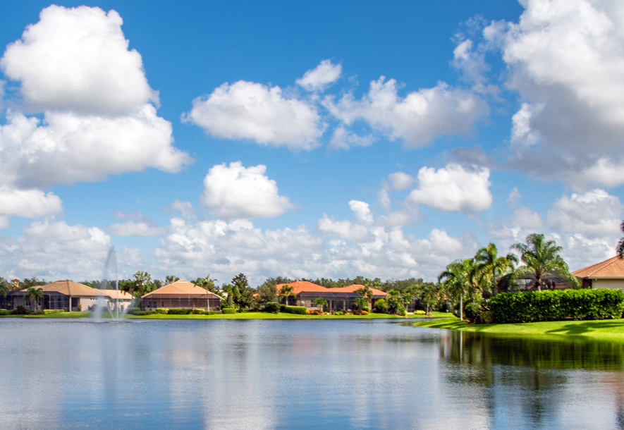 Lake with Fountain at Banyan Bay | Hammock Isles at The Vineyards HOA